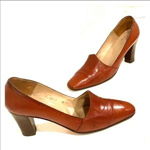 BRUNO MAGLI Brown Leather Heels Size 8 AA